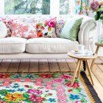 çiçek desenli halılar ev dekorasyonu 2018