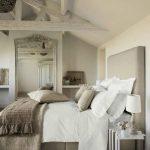 beyaz rustik yatak odası