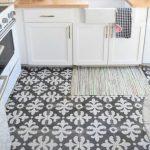 küçük desenli mutfak zemin fayansı