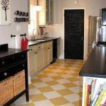 satranç deseni mutfak zemin fayansı