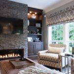 Taş şömine ile ev dekorasyonu örnekleri