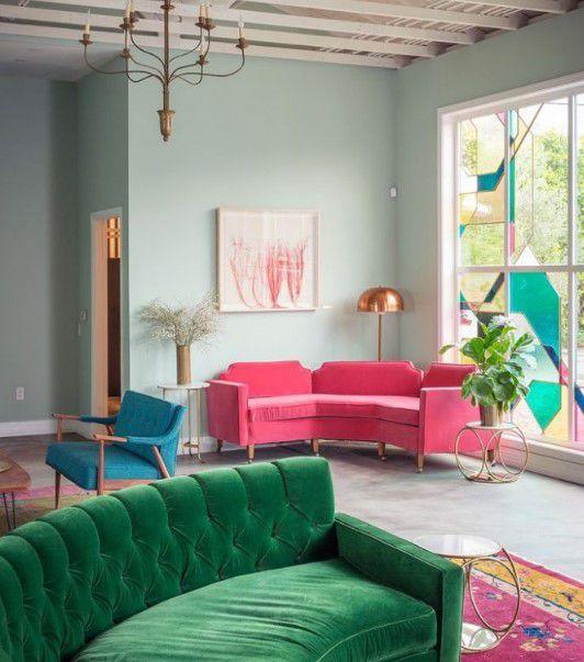 pembe koltuklarla salon dekorasyonu 2018
