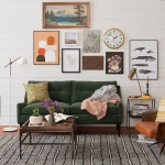 salon dekorasyonunda haki yeşil kanepe