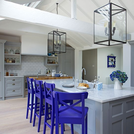 boyalı mutfak sandalyeleri