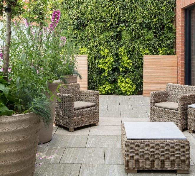 bahçe mobilyaları nasıl temizlenir