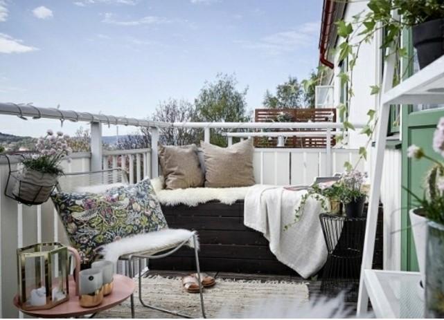 dar balkon dekorasyon fikirleri 2020