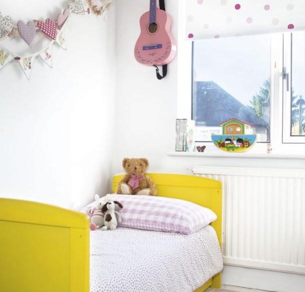 sarı ile çocuk odası dekorasyonu 2018