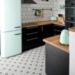 desenli eski fayanslar ile mutfak zemin döşemeleri