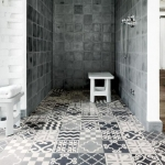 eski fayans kullanarak yapılan banyo dekorasyonu
