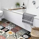 Patchwork fayanslar ile banyo zemini