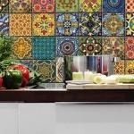Patchwork fayanslar ile duvar dekorasyonu