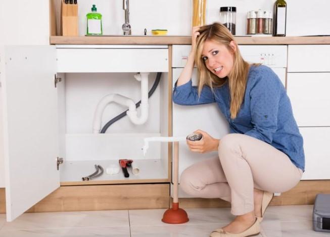 tıkalı mutfak lavabosu gideri nasıl açılır