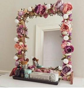 Çiçek Desenli Ayna Modeli