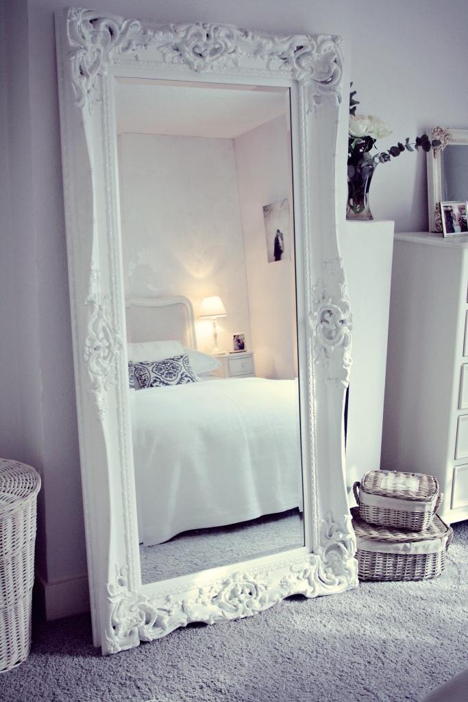 Yatak Odası Ayna Modeli