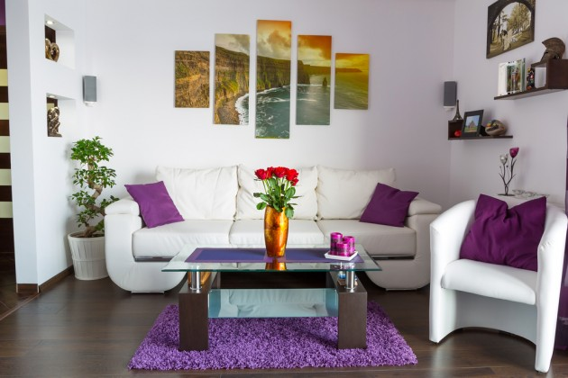 Mor Renkli Salon Dekorasyonu