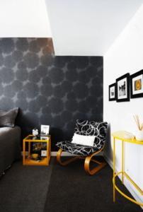 Siyah Desenli Duvar Kağıdı