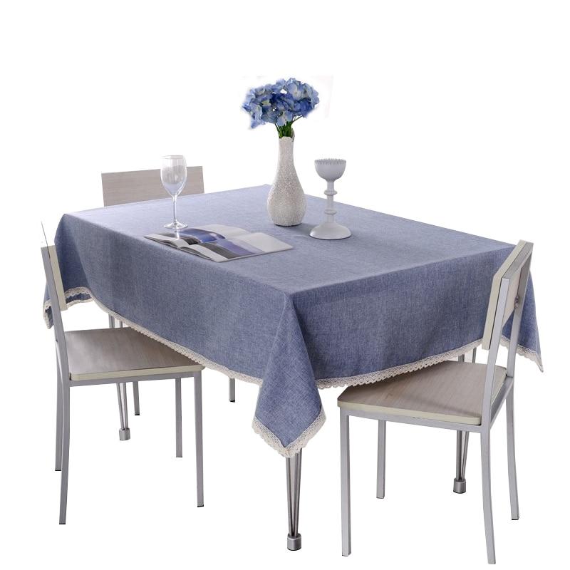 Masa Örtüsünde Mavi ve Gri Uyumu