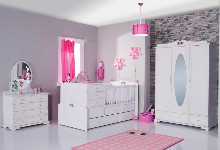 Kız Bebek Odası Aksesuar Seçimi
