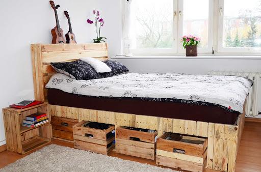 ahşap palet yataklarda çekmece